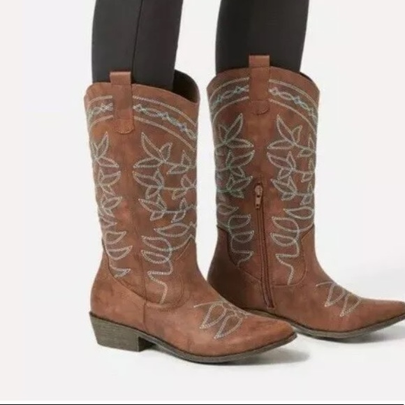 Jessie Embroidered Cowboy Boot Cognac Size 9 NWT